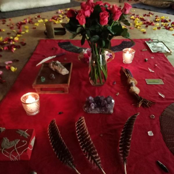 Soul Alignment Circle with Amyra Mah